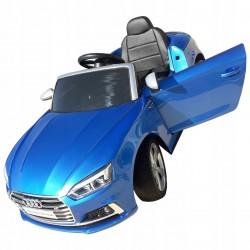 lakierowany niebieski AUDI...