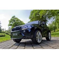 czarny lakierowny BMW X6...